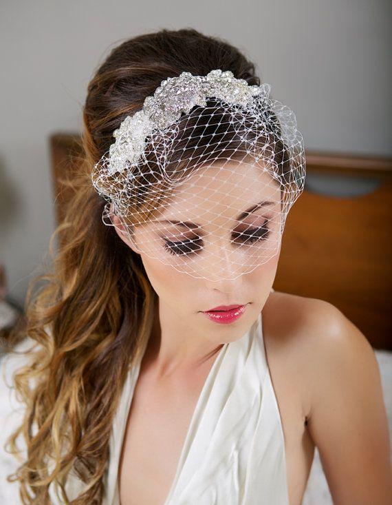 Свадебная укладка с фатой вуалью короткой