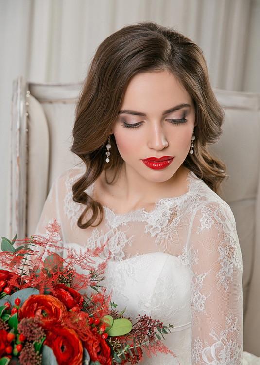 Укладка на свадьбу для невесты на среднюю длинну