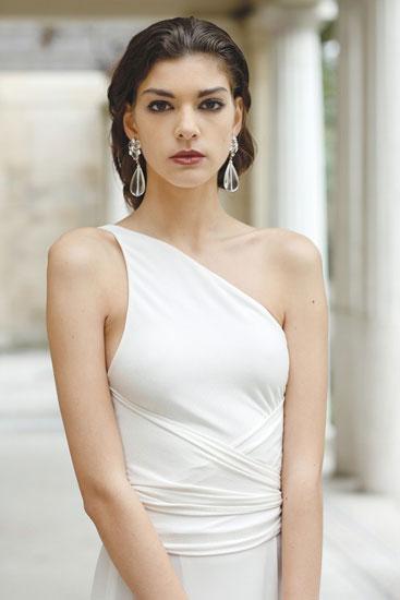 Греческая прическа для образа невесты