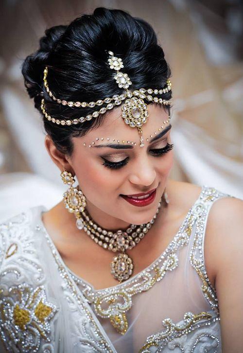 Свадебная прическа в индийском стиле