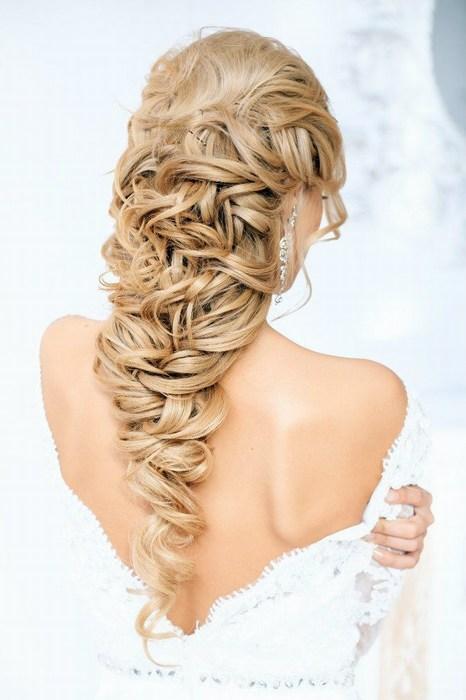 Водопад из волос на свадьбу