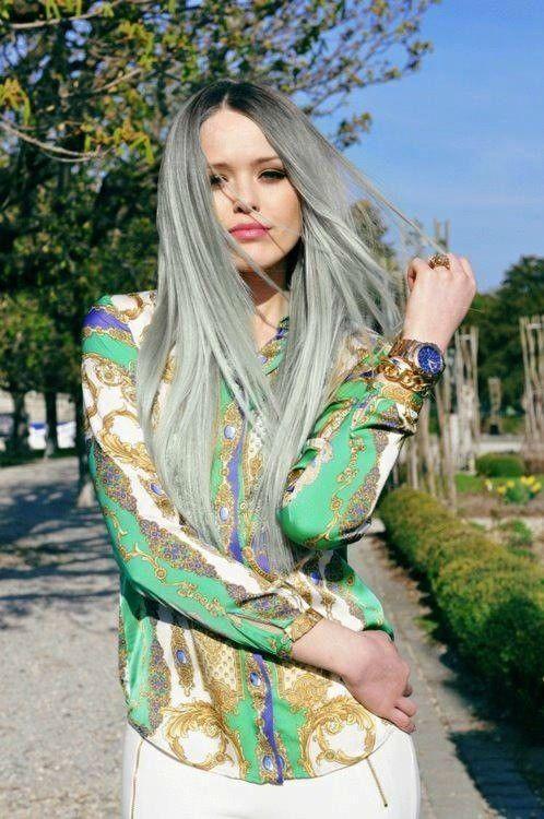 Фото серебристого цвета волос с металлическим оттенком
