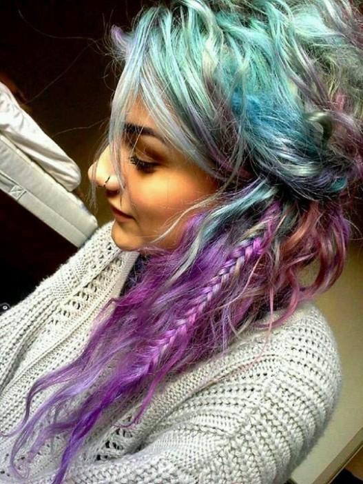 Окрашивание волос пепельная цветовая гамма с радужными прядями