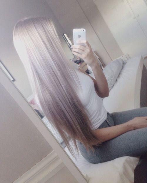 Фото очень светлого волоса серого цвета в холодном оттенке