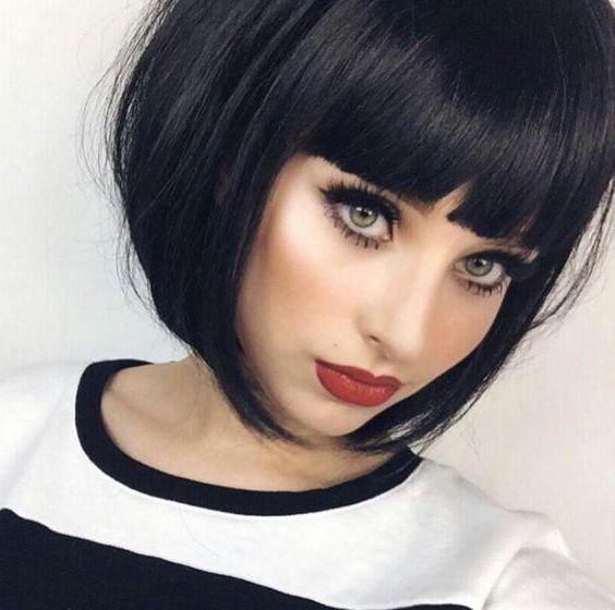 Каре боб на короткие волосы с челкой