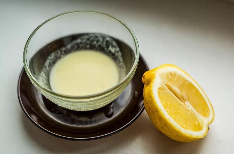 Маска из йогурта, лимонного сока и оливкового масла в домашних условиях
