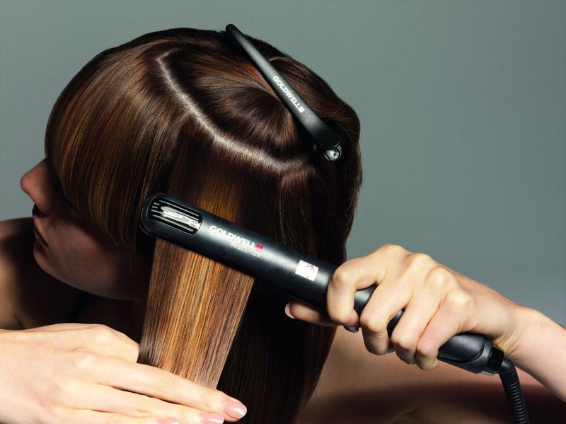 Как выпрямить волосы в домашних условий