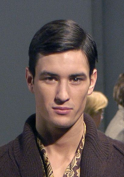 Средние волосы уложенные гелем мужские укладки фото