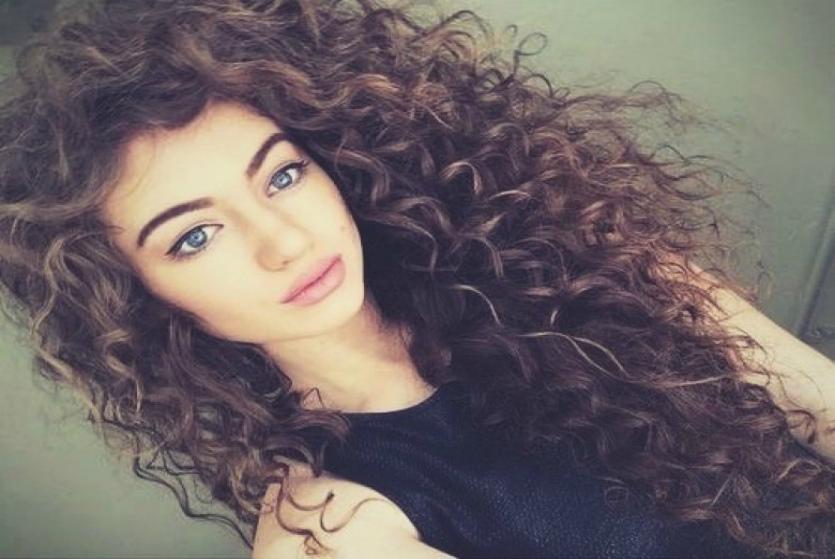 Кучерявые волосы, как сделать кудряшки послушными в домашних условиях