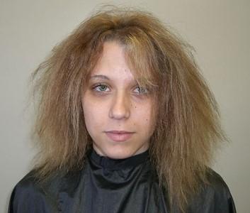 Corte de pelo urgente ella